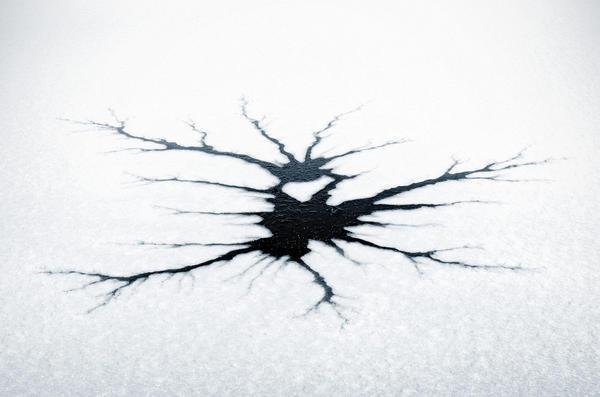 Если вы провалились под лед, как правило, у вас есть секунда или несколько