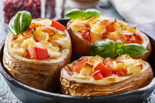 Обычный картофель может стать украшением стола