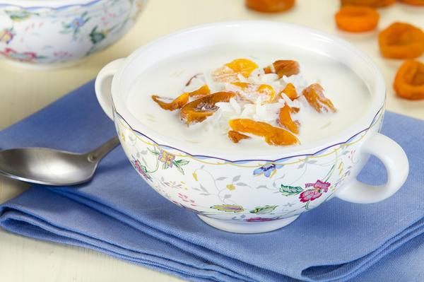 Cливочный суп с рисом и курагой