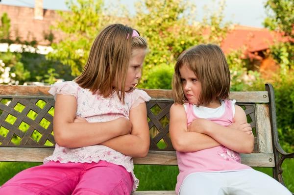Никогда не нужно смешивать конфликты детей и взрослых