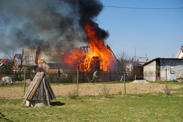 Пожар легче предупредить, чем потушить.