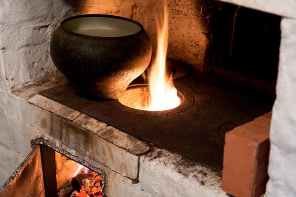В каждом доме была большая печка