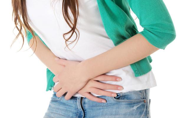 Неприятные симптомы после вкусной трапезы - повод для обращения к врачу