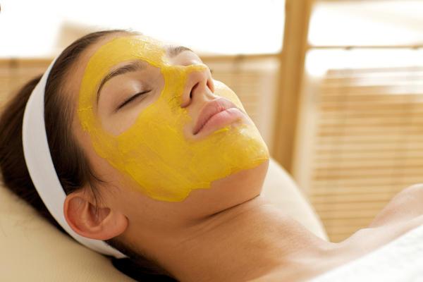 Восстанавливающая маска с эфирным маслом базилика