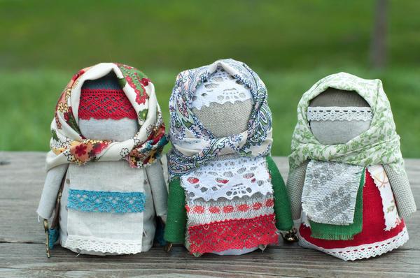 Изготовление самодельных кукол-оберегов - старинная традиция наших предков