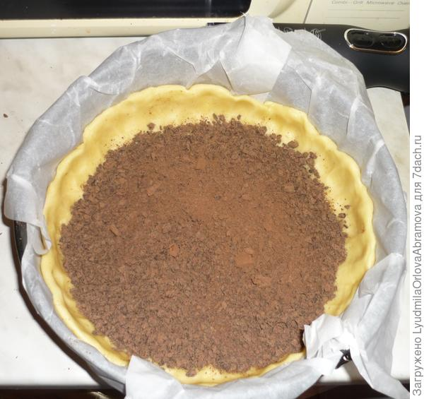 Посыпаем тертым шоколадом