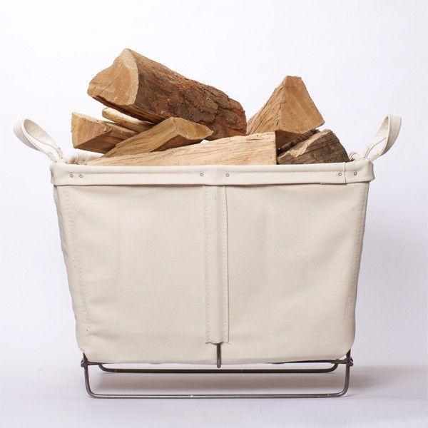 Холщовая подставка для дров. Фото с сайта bestmadeco.com