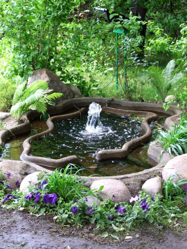 Добавьте в сад водных элементов!