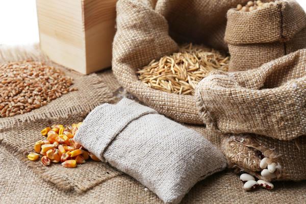 Наиболее подходящим местом для хранения семян считаются жилые комнаты