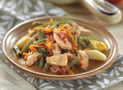 Рагу из курицы с фасолью