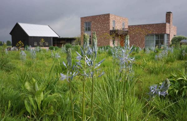 Дом Пита Удольфа в Хуммело. Фото с сайта oudolf.com
