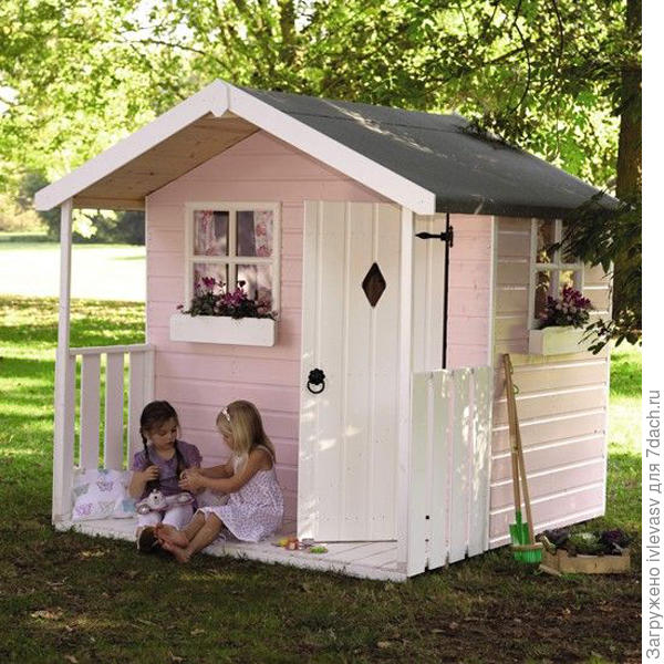 http://www.decorcus.com/wp-content/uploads/2015/07/pink-and-small-outdoor-playhouses-for-girls.jpg