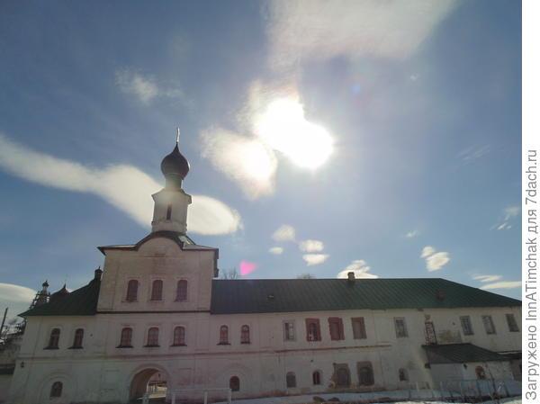 монастырские палати