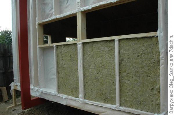 Монтаж стены каркасного дома