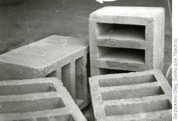Бетонные строительные блоки 400х200х200