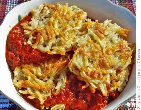 в томатном соусе драники становятся мягче