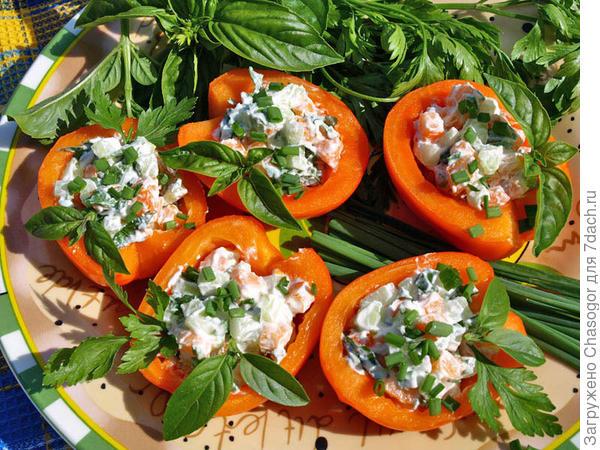 фаршированные салатом