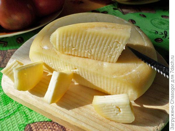 месячный сыр