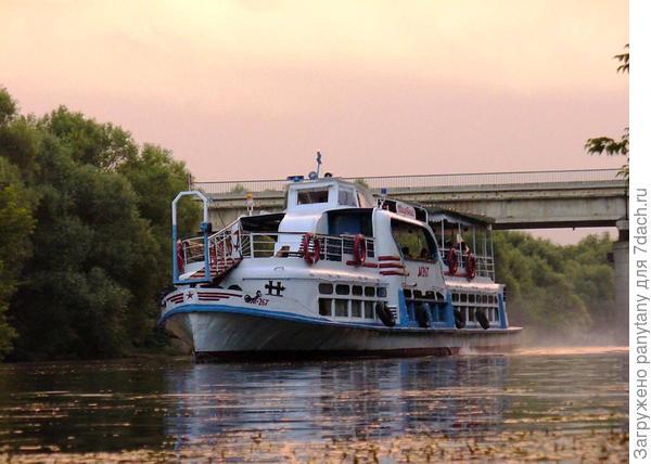 речной трамвай