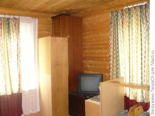 И это комната