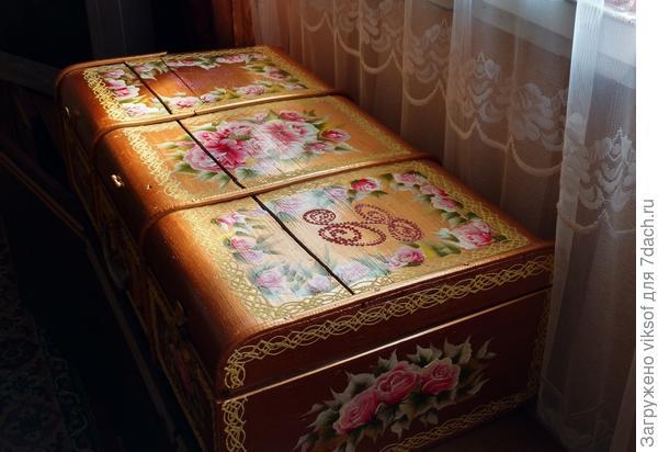 чемодан деревянный