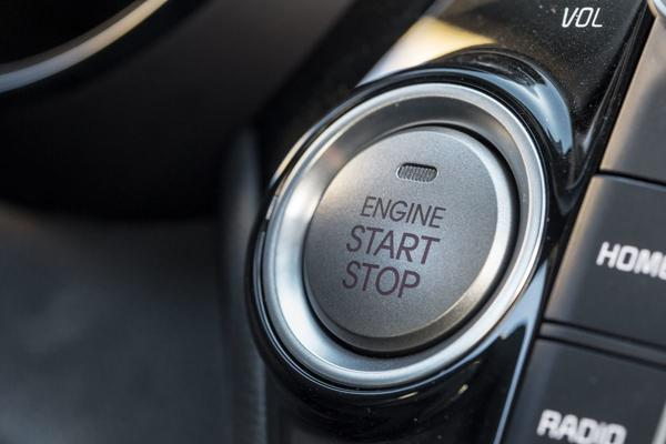 Заводится Kia Rio кнопкой