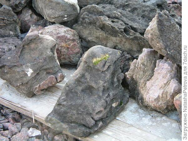Ландшафтные камни. Фото из архива камнеобрабатывающей компании Петрополь
