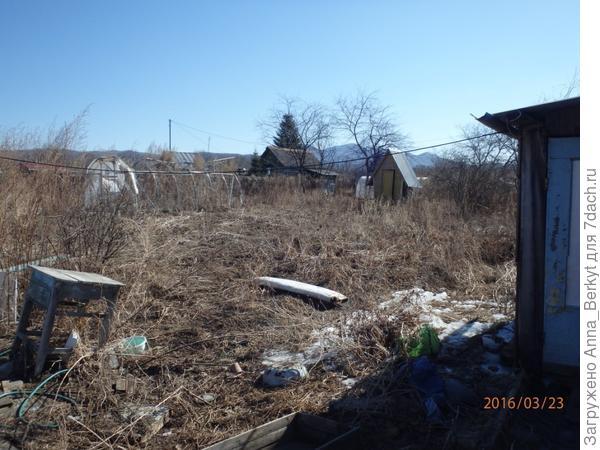 7. маленький огород, туалет, теплица