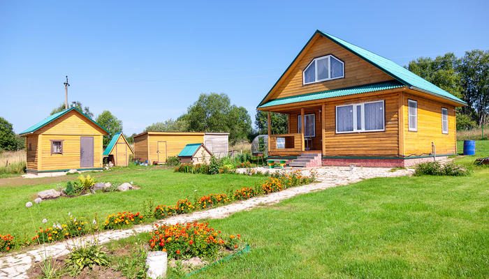 Шесть видов необходимых хозяйственных построек для дачи