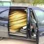 Экономим на всем: здесь показана доставка (150 км от объекта) пластиковой арматуры (чуть больше 5 тыс. метров) в собственной машине