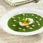 Суп из шпината с яйцом