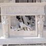 Натуральный камень в дизайне: лестницы, камины, детали интерьера