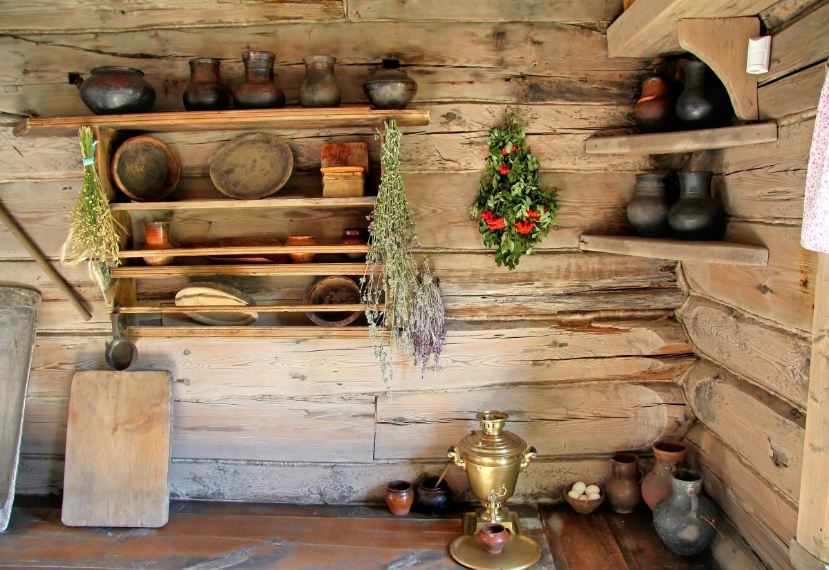 Дачный домик внутри