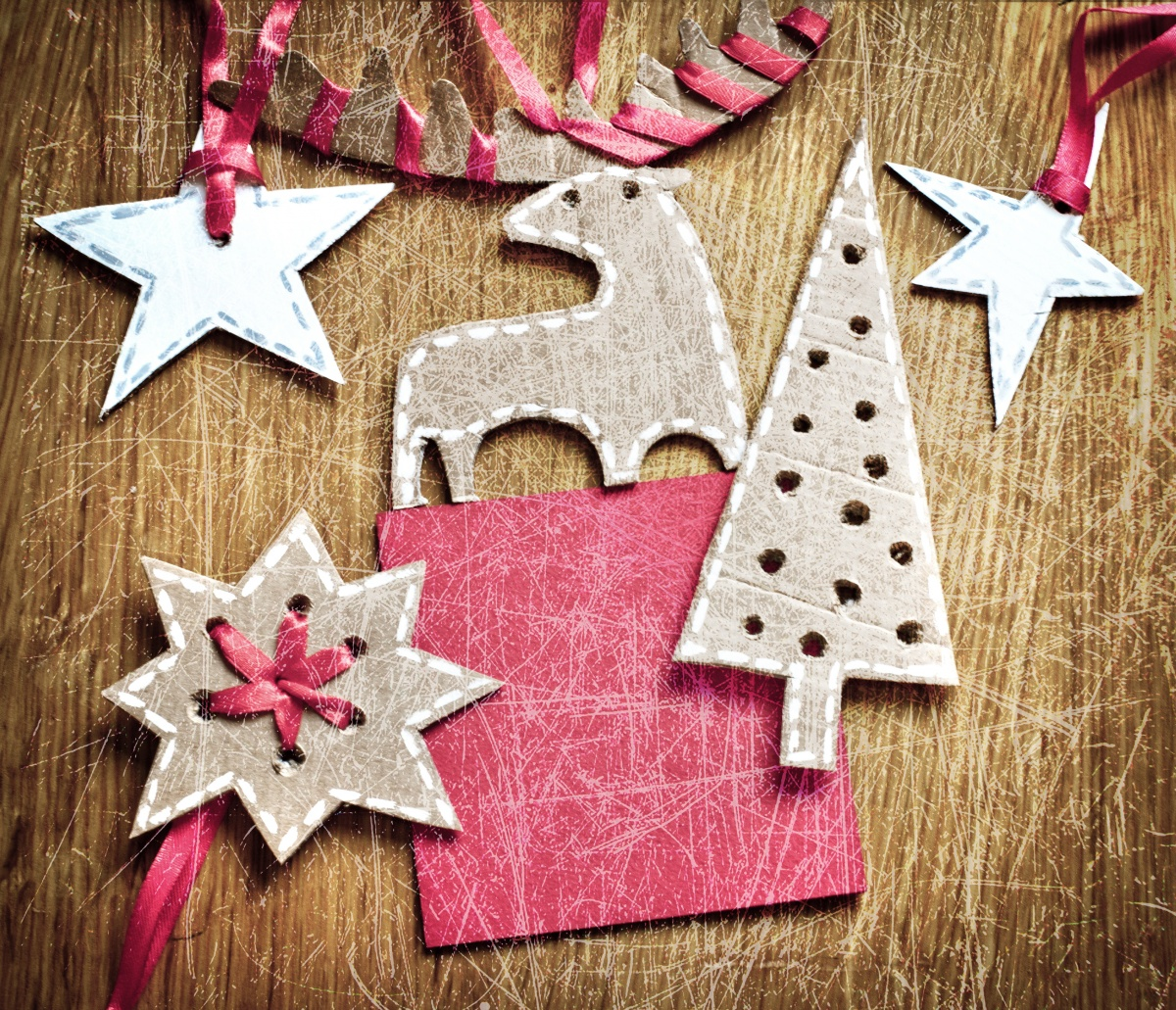 Новогодние украшения из картона