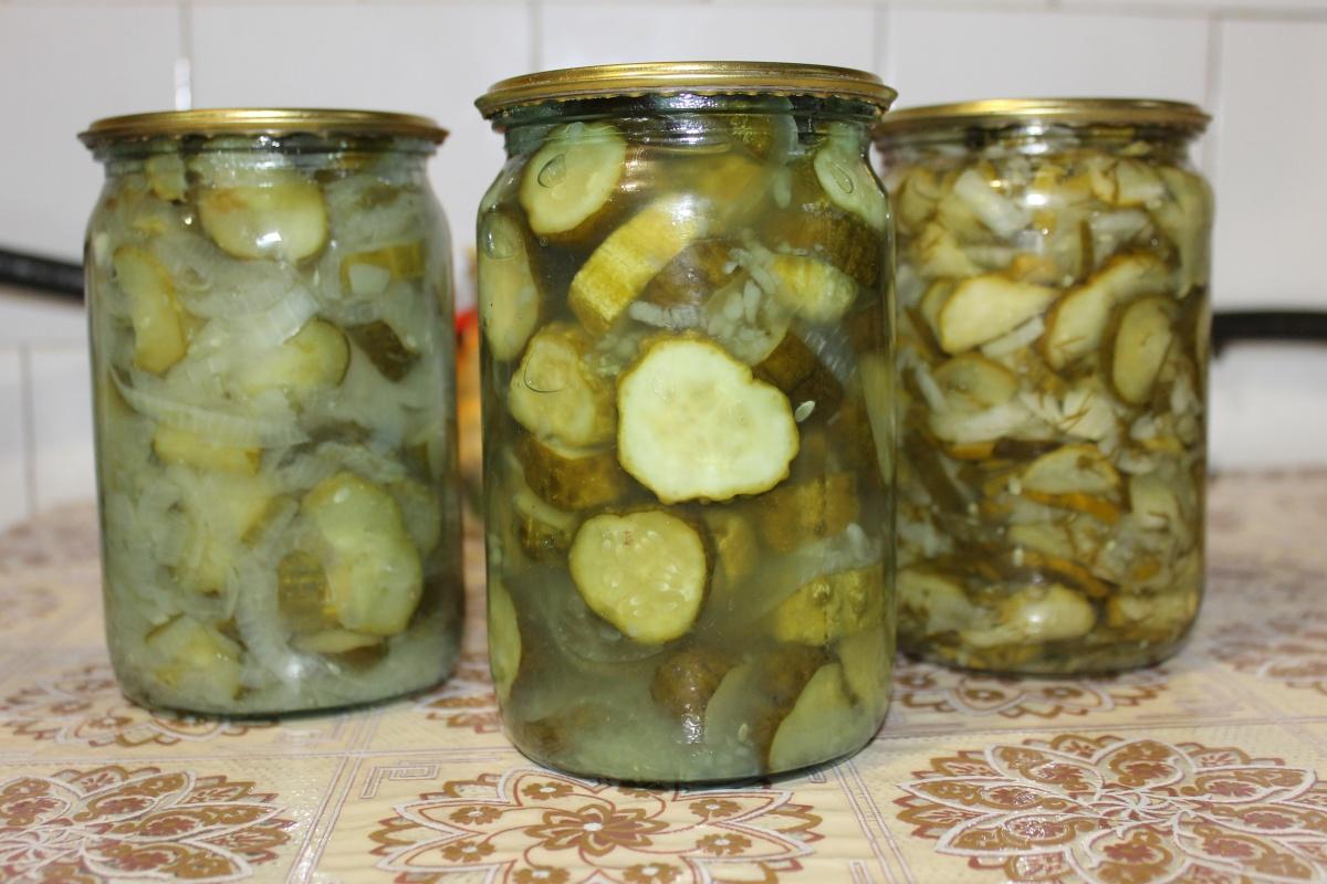 салат на зиму из огурцов капусты и помидор пальчики оближешь