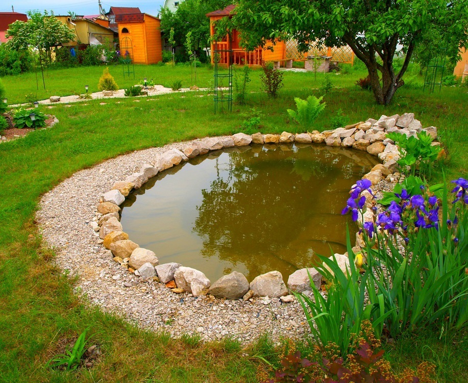 пруд на даче как поменять воду
