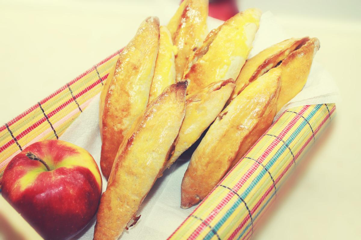 рецепт бездрожжевых пирожков в духовке с яблоками