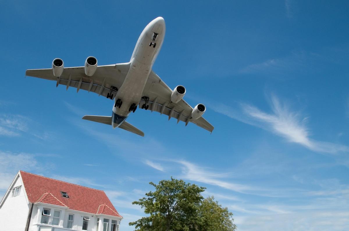 Проблемы с шумом могут быть и у владельцев загородных домов