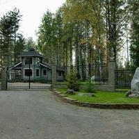 Фотографии и отзывы о коттеджном поселке «Берег Honka» (Истринский р-н МО)