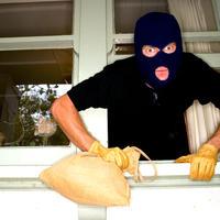 Как защитить дачное имущество от злоумышленников