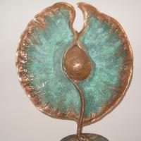 Подарок любимому сайту – выставка скульптора Владимира Скорого «Начала»