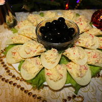 Закуски на новогоднем столе. Сырная на чипсах