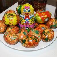 Проверенный способ окраски яиц на пасху