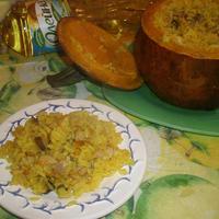 Тыква с рисом, курицей и грибами