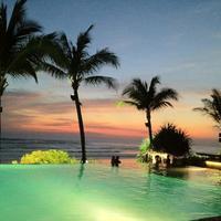 10 самых красивых бассейнов мира