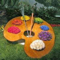 Украсим сад клумбой-палитрой