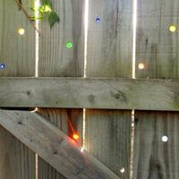 Радужный забор на даче