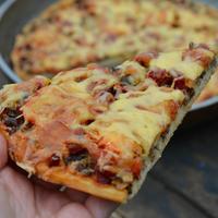 Тесто для пиццы на манной крупе и сама пицца