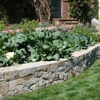 Удачное решение для дачи на склоне - огород на террасах