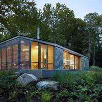 Красивый домик из Канады, как новый взгляд на дачную архитектуру